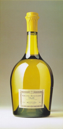 Chablis_Grand_Regnard_BottleShot.jpg