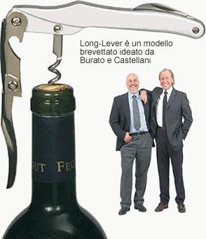Claudio Burato e Maurizio Castellani in un'immagine pubblicitaria del cavatappi Long-Lever