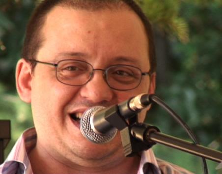 Adriano Liloni saluta i convenuti