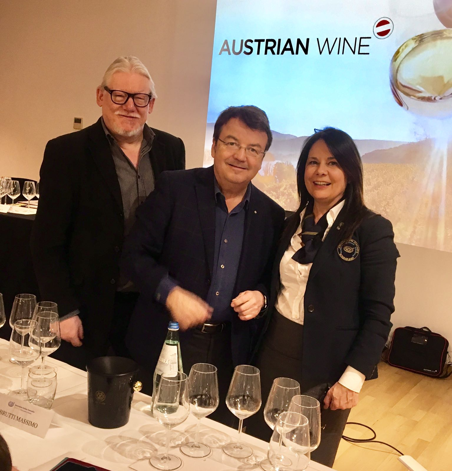 Da sinistra, Helmut Knall, Willi Klinger, Franca Bertani