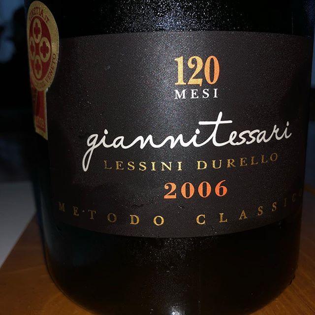 Un momento così: perfetto. Giannitessari Lessini Durello Riserva Extra Brut 120 Mesi 2006. #durello #durelloandfriends #greatsparklingwine