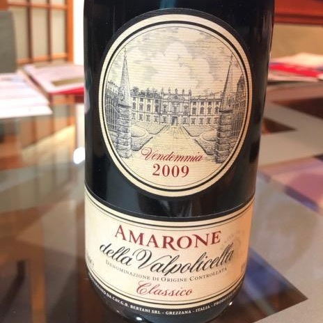 Ribadiamolo ancora: 10 anni sono il tempo migliore per godere un buon Amarone della Valpolicella.
