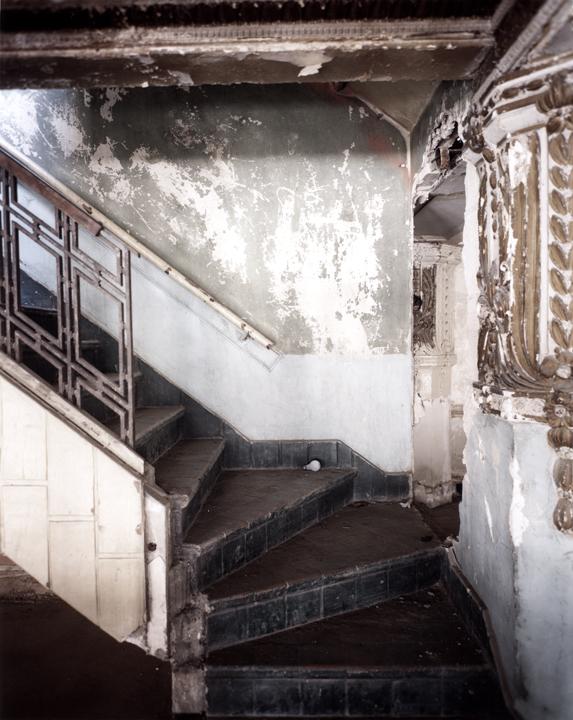 DB27-stairs.jpg