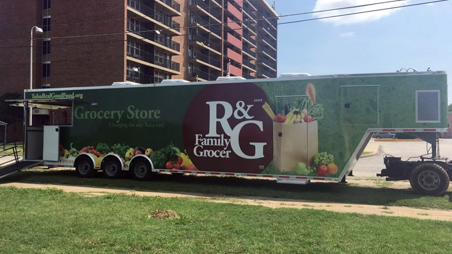Looking for our Mobile Store? - R&G is a mobile grocery store with 14 stops a week Monday-Friday. Click below to find the closest store to your door.