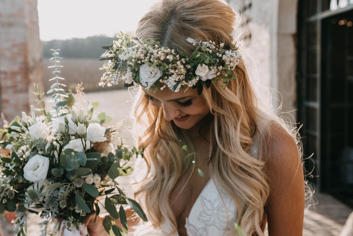 svatební šaty boho styl