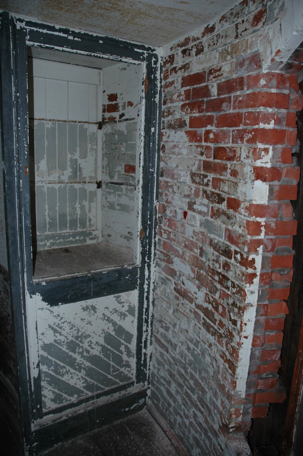 MGL Bedroom-16.JPG