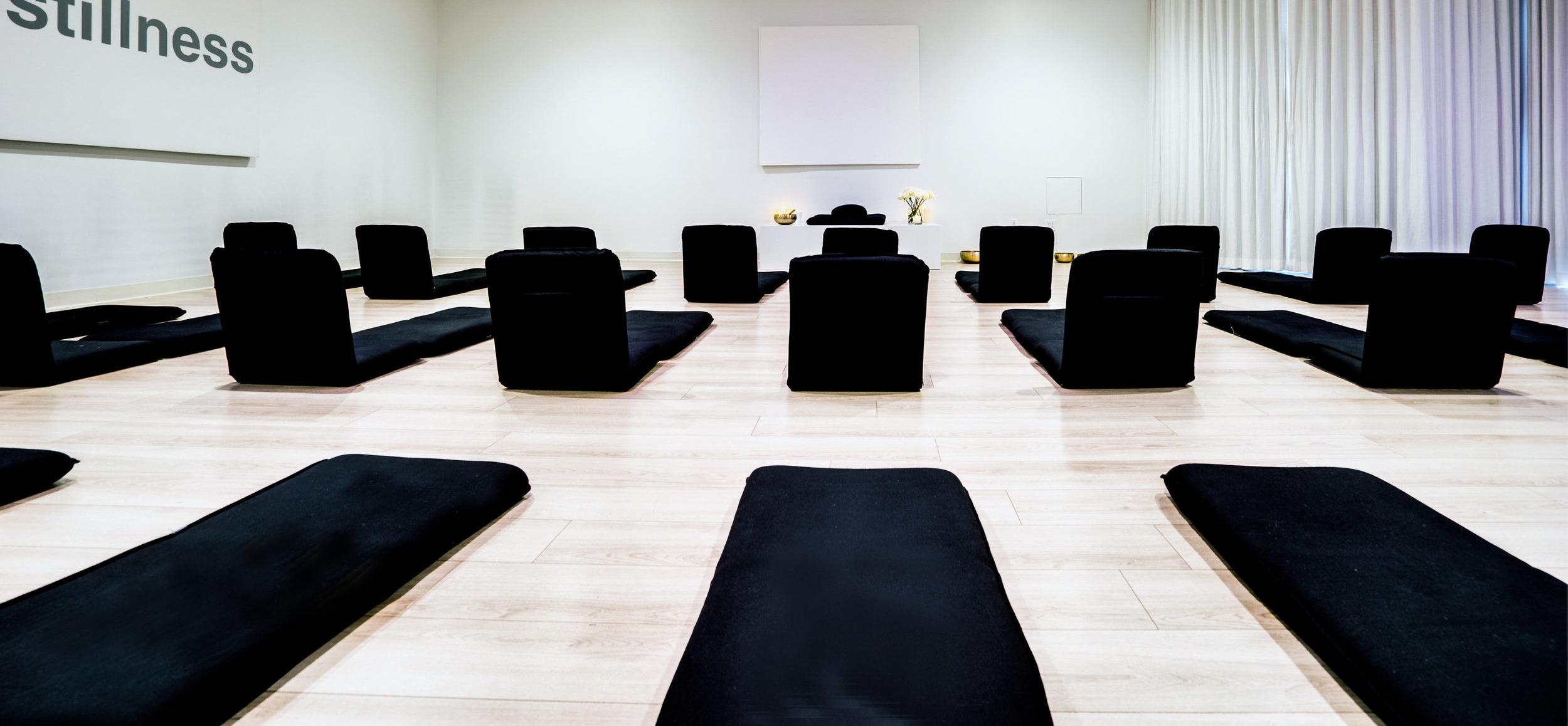 04_Unplug_Meditation_photo_by_SupremeScene.com_Robert_Packar.jpg