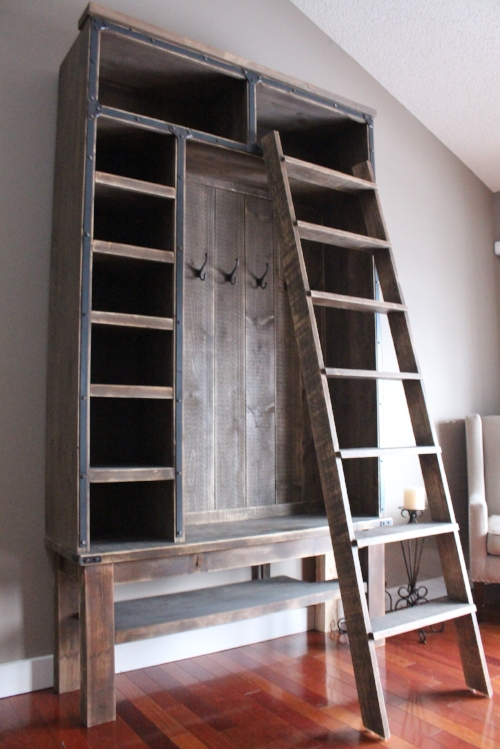 Entryway Bench With Ladder