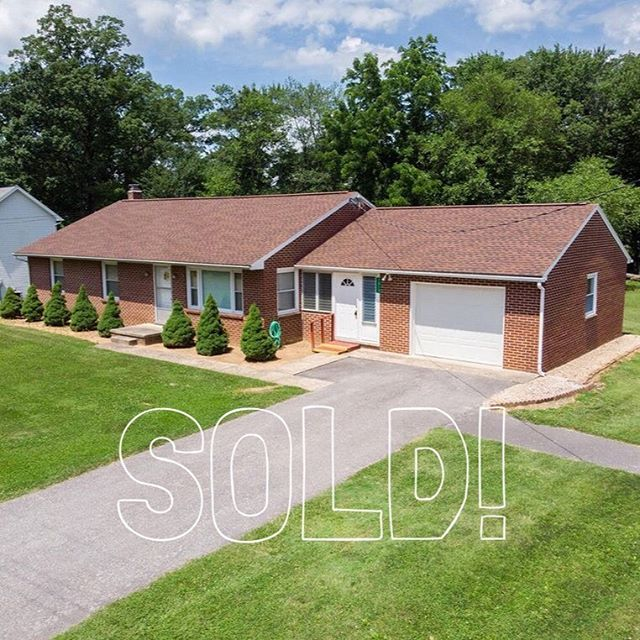 This cute all brick rancher is SOLD and SETTLED!  Congrats to the buyer and seller!