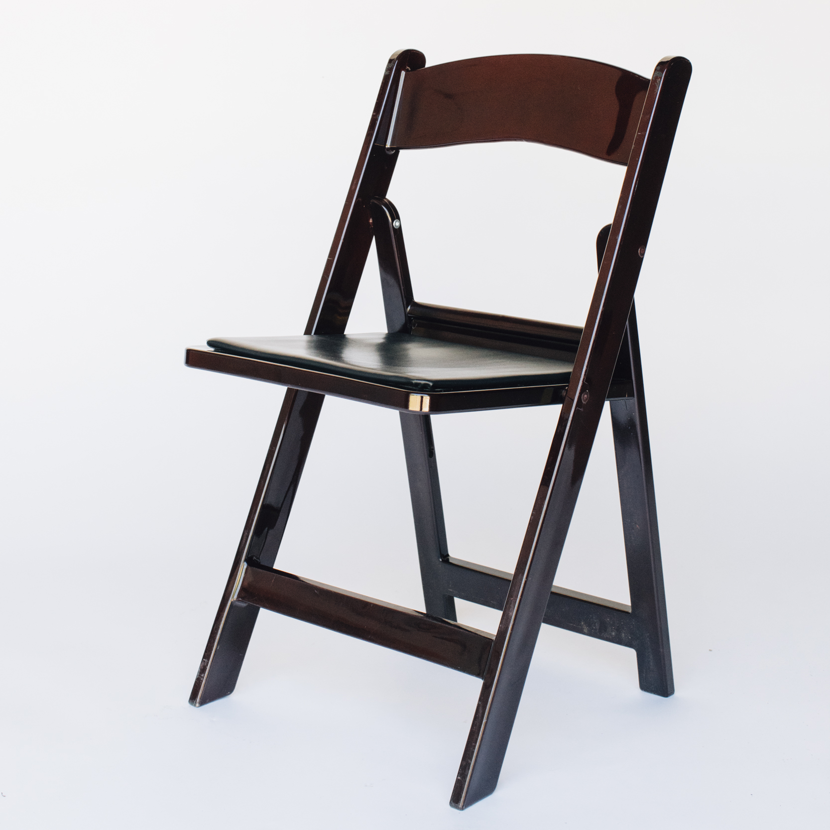 CHAIR_BROWN_1.jpg