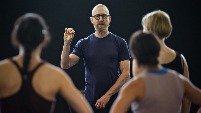 Q&A with internationally-acclaimed choreographer William Forsythe. (Chicago Tonight)