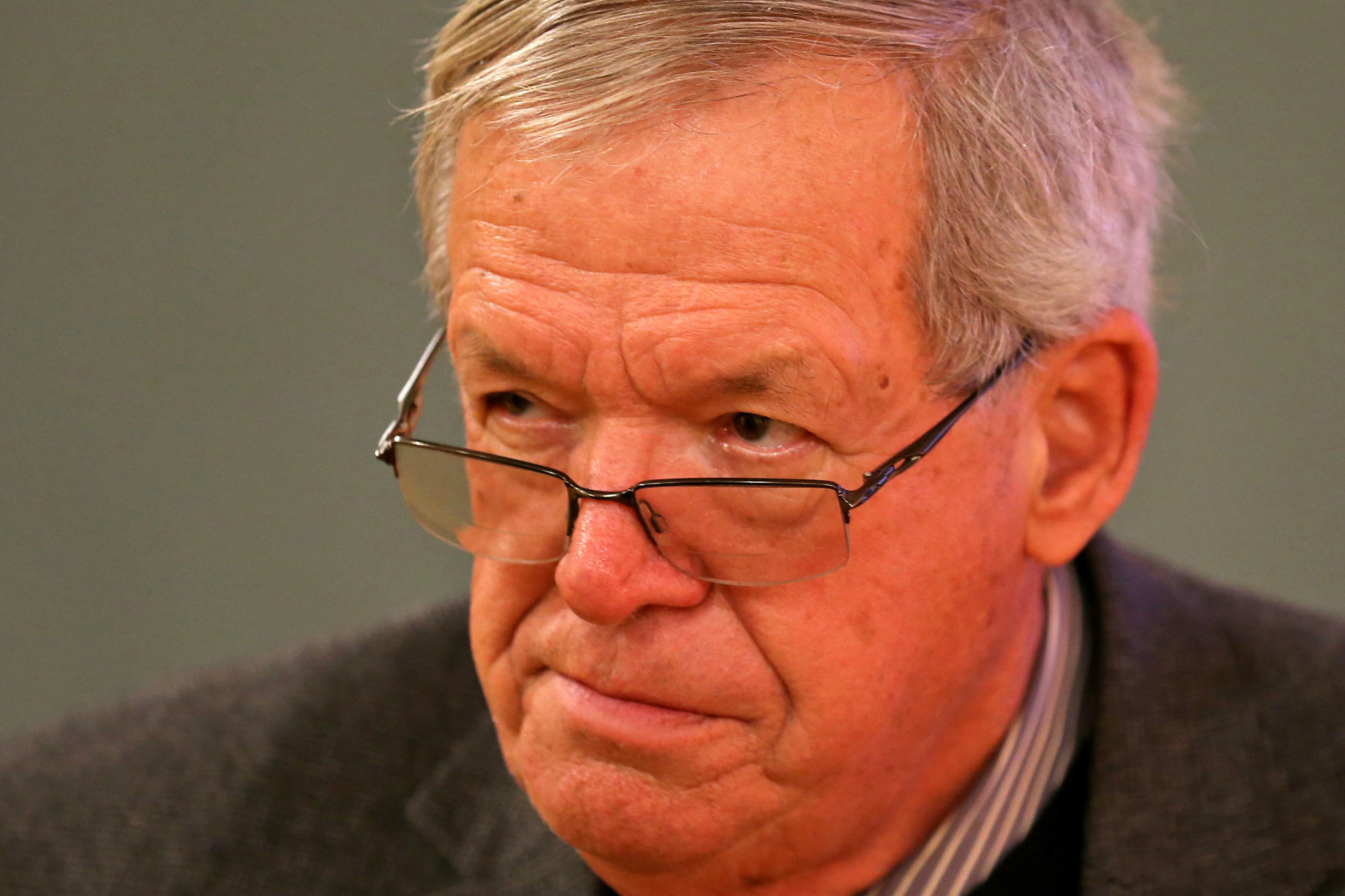 Preview of former House Speaker Dennis Hastert's first appearance in federal court. (The Guardian)