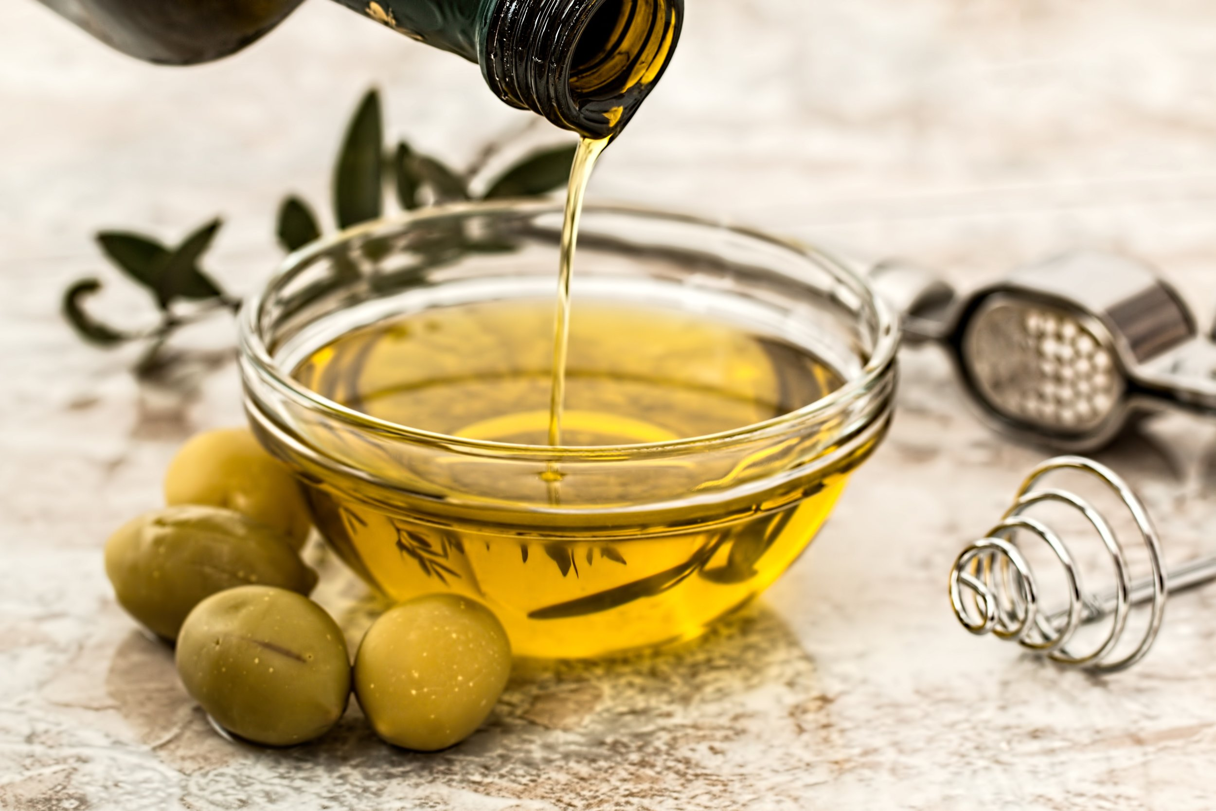 OLIVE OIL BLEND TREATMENT   OLIVE OIL HAS HAS BECOME THE GO-TO OIL FOR EVERY HAIR TEXTURE FOR HEALTH BENEFITS.  OLIVE OIL GIVES MOISTURE, ELASTICITY, AND SHINE TO HAIR, AND IT IS RICH IN VITAMIN E AND FATTY ACIDS OMEGA-3, -6, AND 9, WHICH NOURISH THE FOLLICLE.