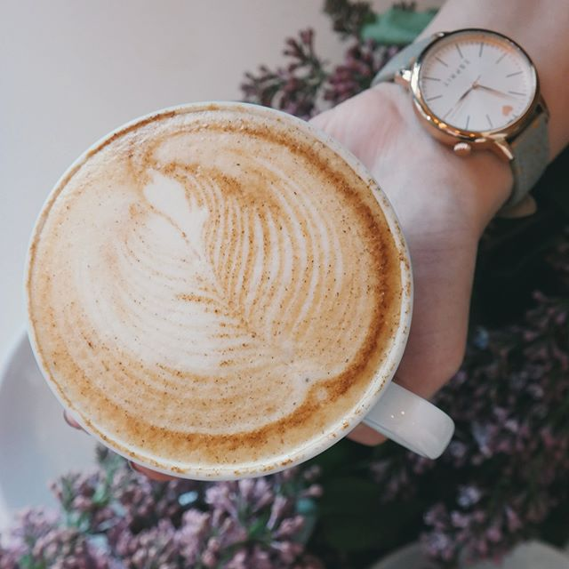 A statement, like a cup and a watch. . . . . . pc:BrigitteTohm #coffee #cafe #love #tea #coffeetime #food #instagood #coffeelover #art #coffeeshop #breakfast #like #photooftheday #happy #follow #goodmorning #instagram #morning #latte #coffeeaddict #coffeelovers#instafood #bhfyp