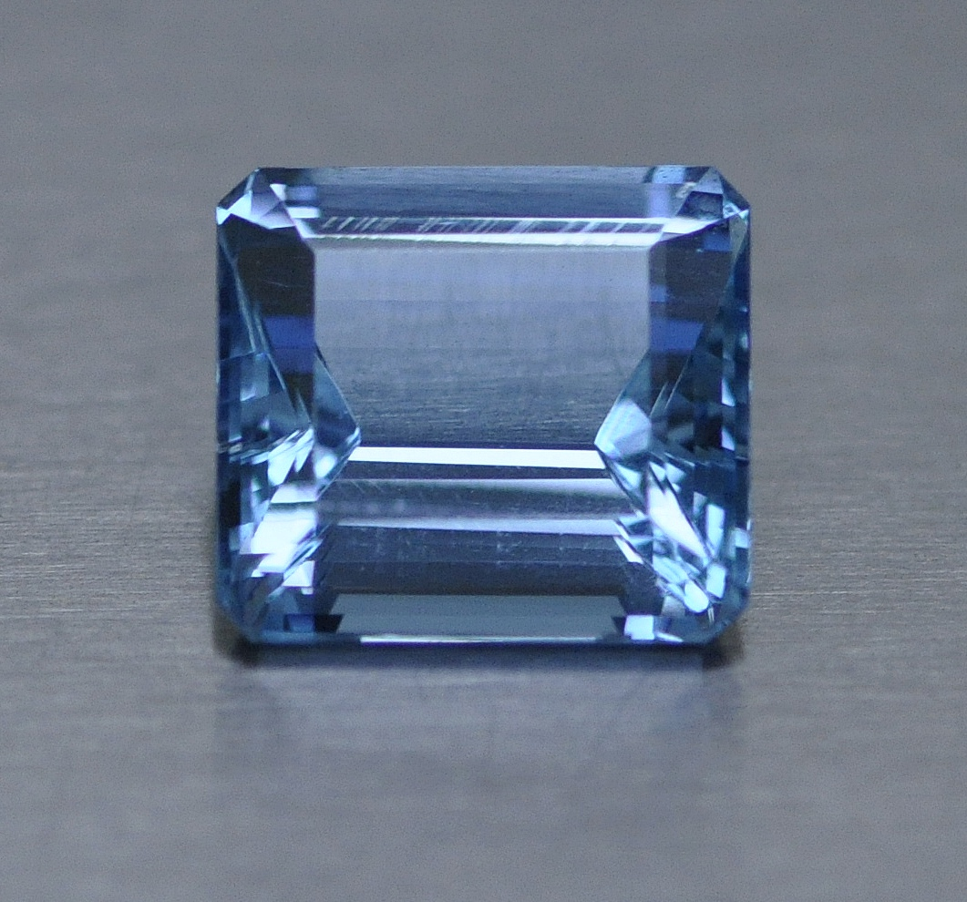 10.43 Aquamarine.jpg