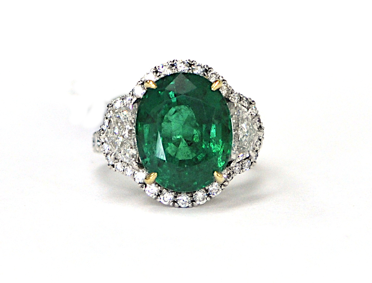 8.72ct Emerald Ring
