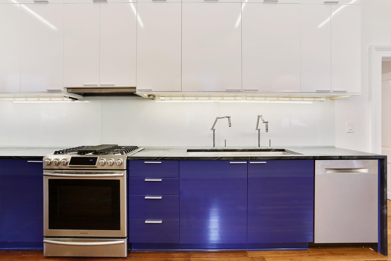 kitchen3.jpg