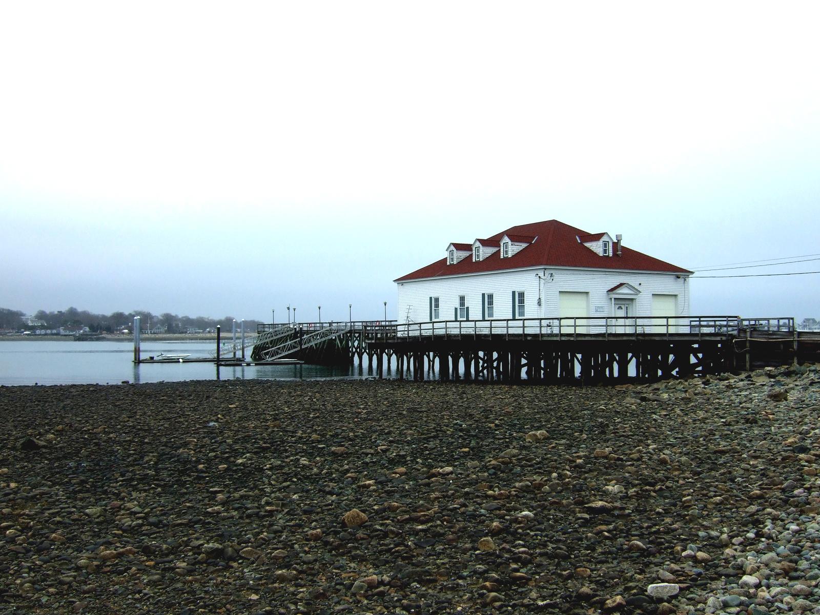 boathouse_photo-01e.jpg