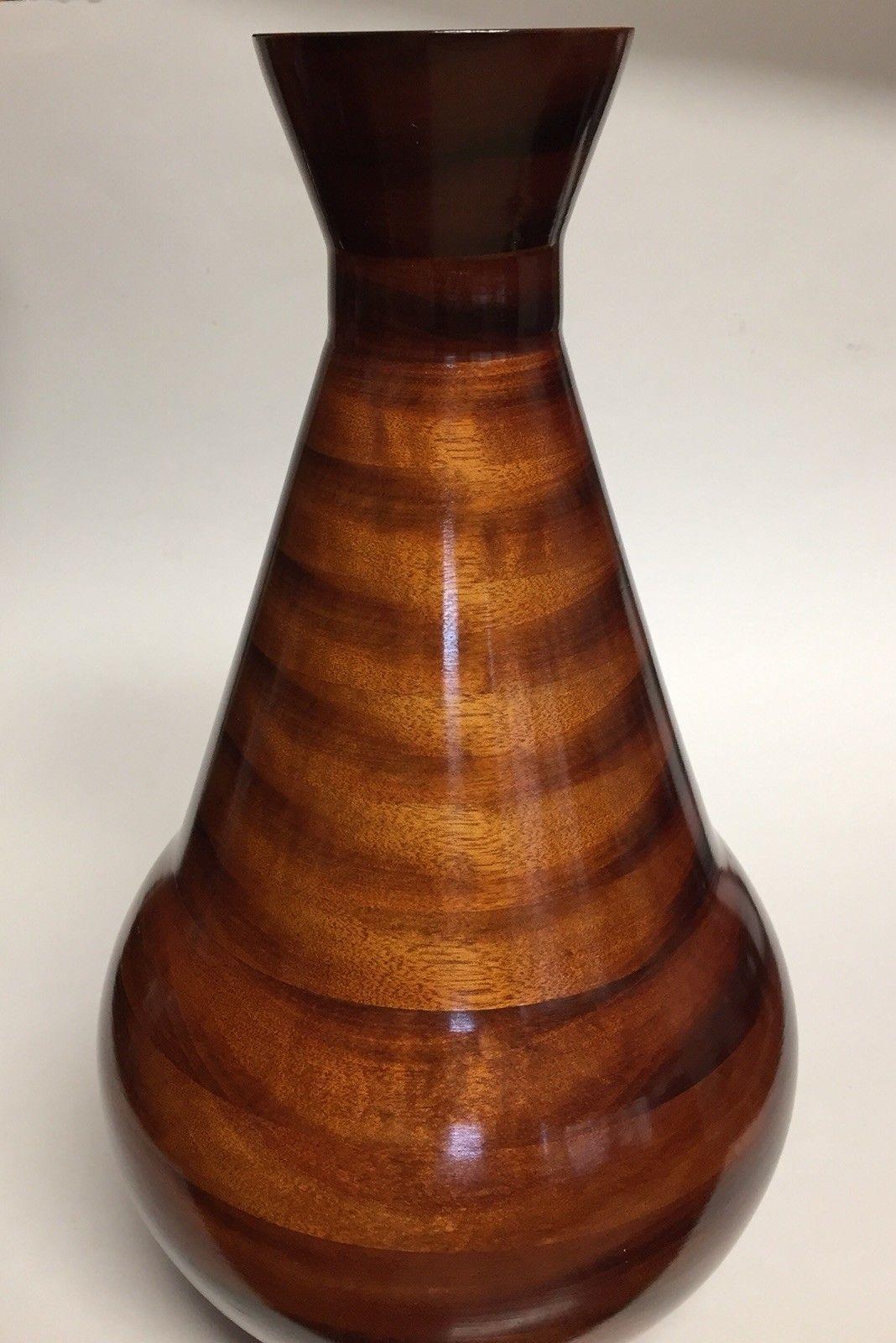 wood vase.jpg