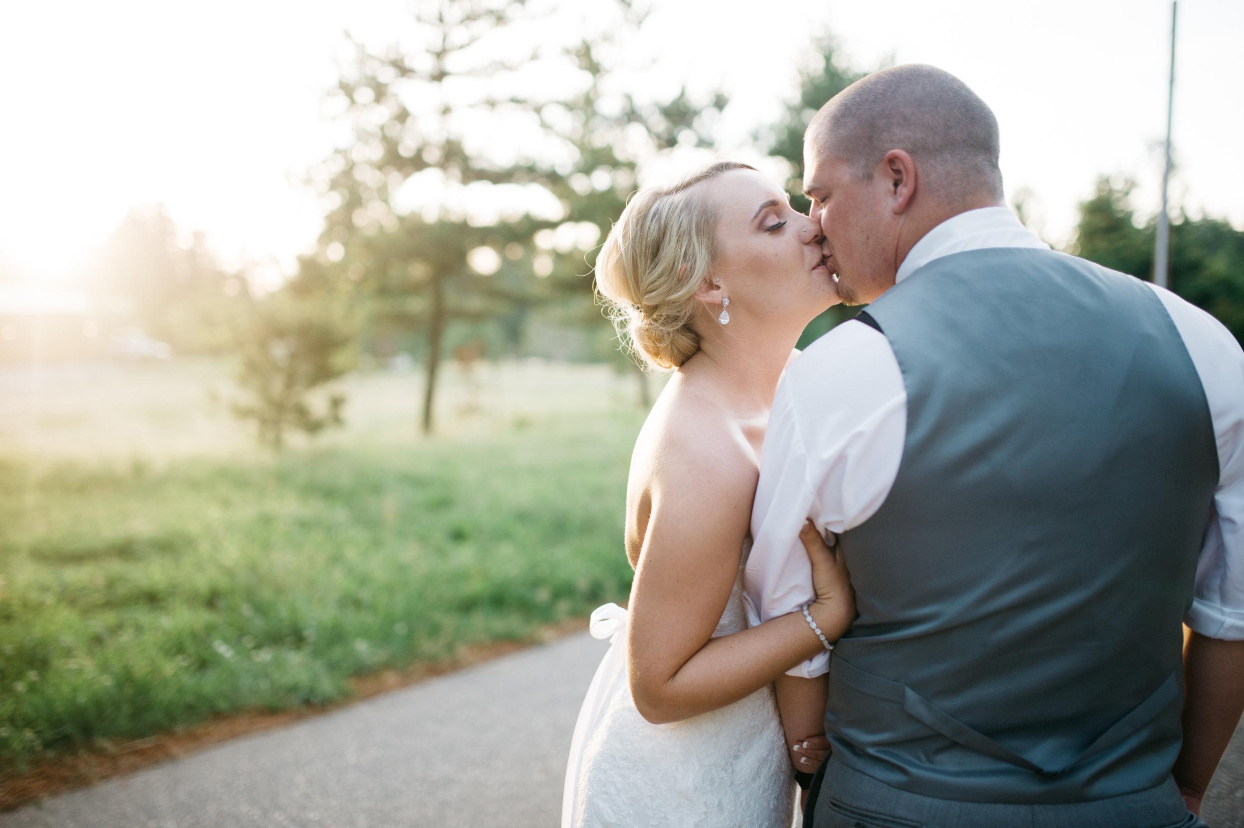 TonieChristinePhotography.Wedding.Megan+Zack.June2016-907.jpg
