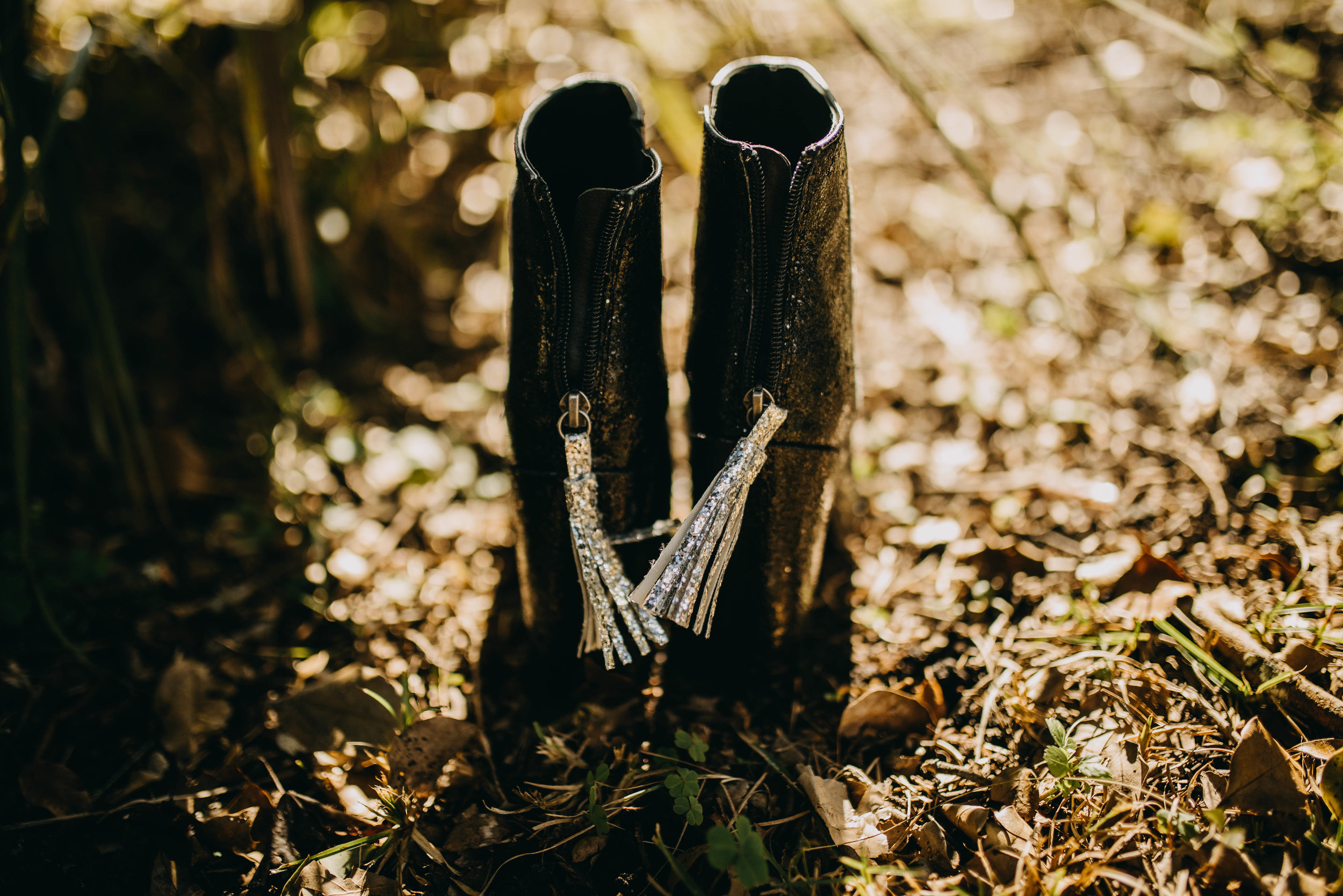Shoe Tassels | American Traditional Tattoo Themed Eco Friendly Dark Florida Wedding