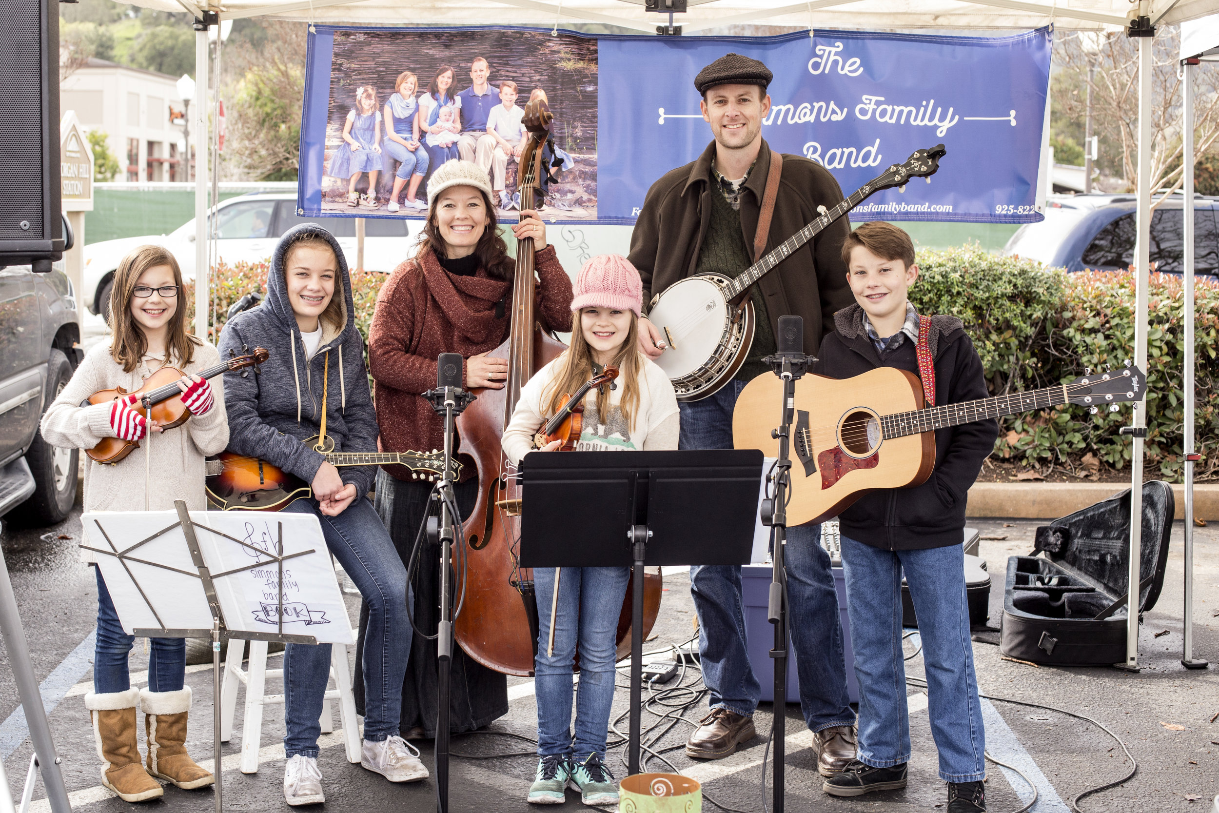 Simmons Family Band playing at the Morgan Hill Farmers Market