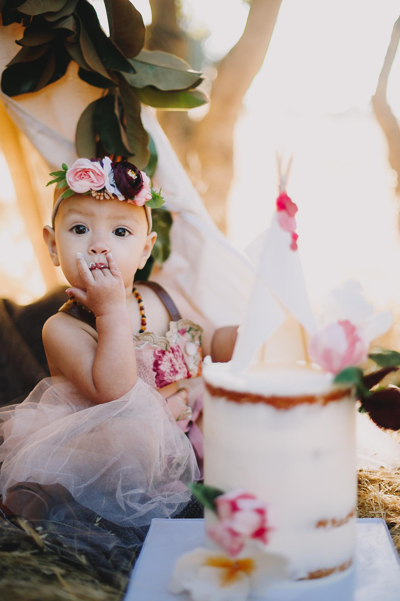 Archer_Inspired_Photography_Olivia_Daisy_Boho_Stylized_One_Year_Old_Cake_Smash_Shoot_Morgan_Hill_California-102.jpg