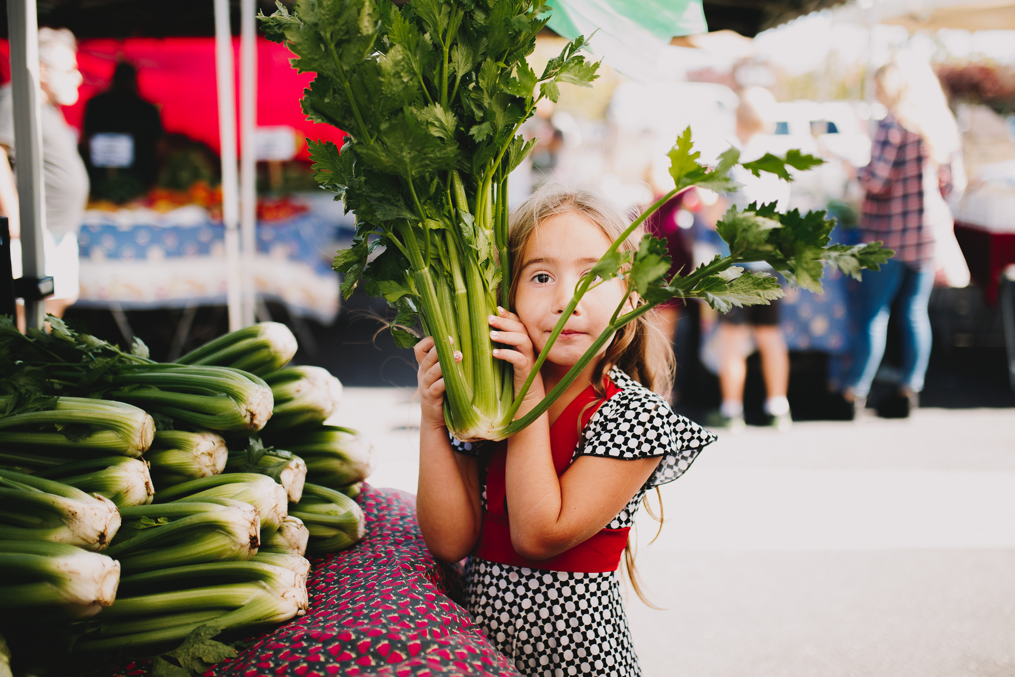 Archer_Inspired_Photography_Mother_Daughters_Farmers_Market_Morgan_Hill_California_Beyond_the_wanderlust-22.jpg