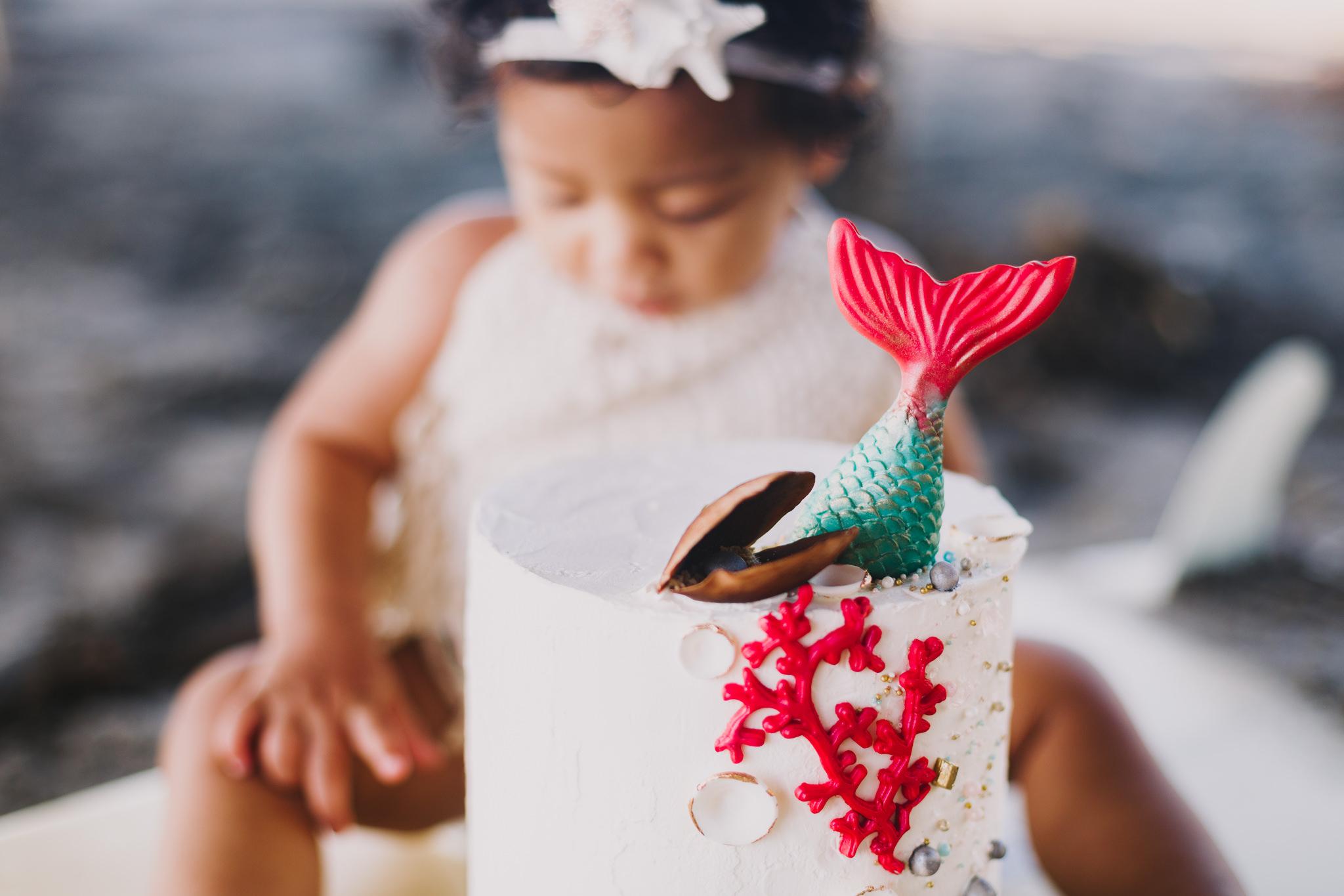 Archer Inspired Photography Cake Smash First Birthday Lifestyle Natural Light Documentary Family Photographer-8.jpg