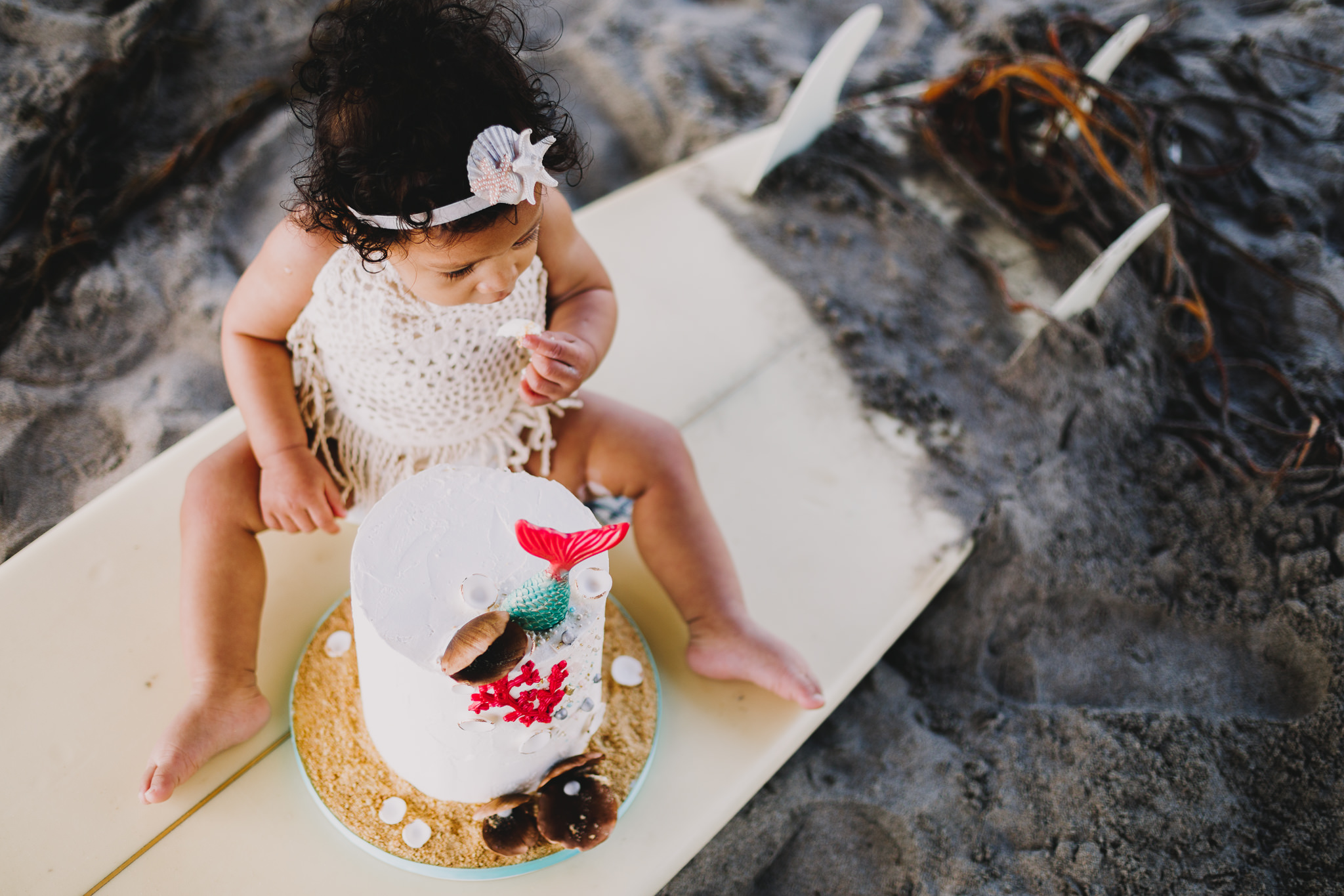 Archer Inspired Photography Cake Smash First Birthday Lifestyle Natural Light Documentary Family Photographer-9.jpg
