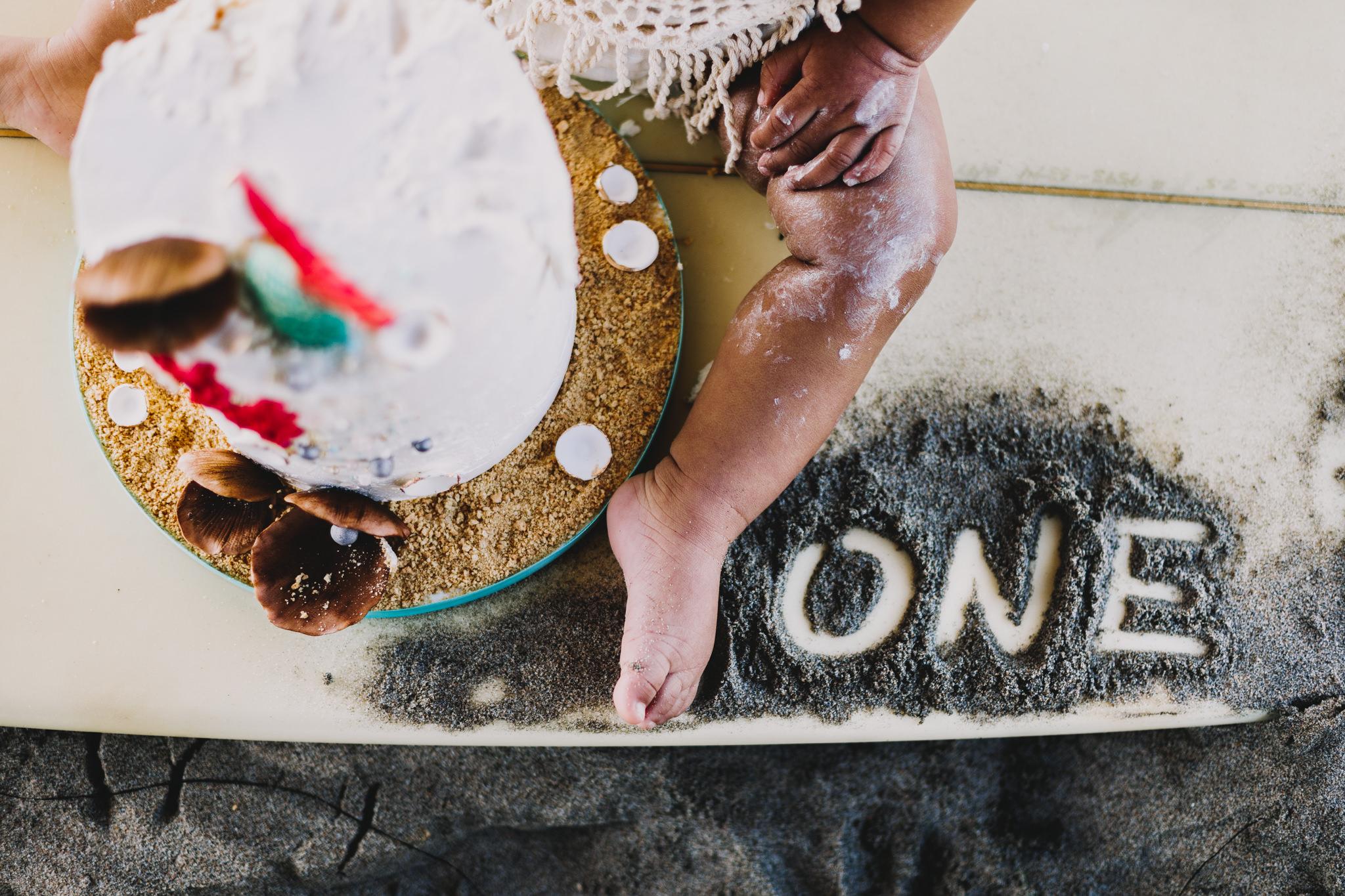Archer Inspired Photography Cake Smash First Birthday Lifestyle Natural Light Documentary Family Photographer-32.jpg