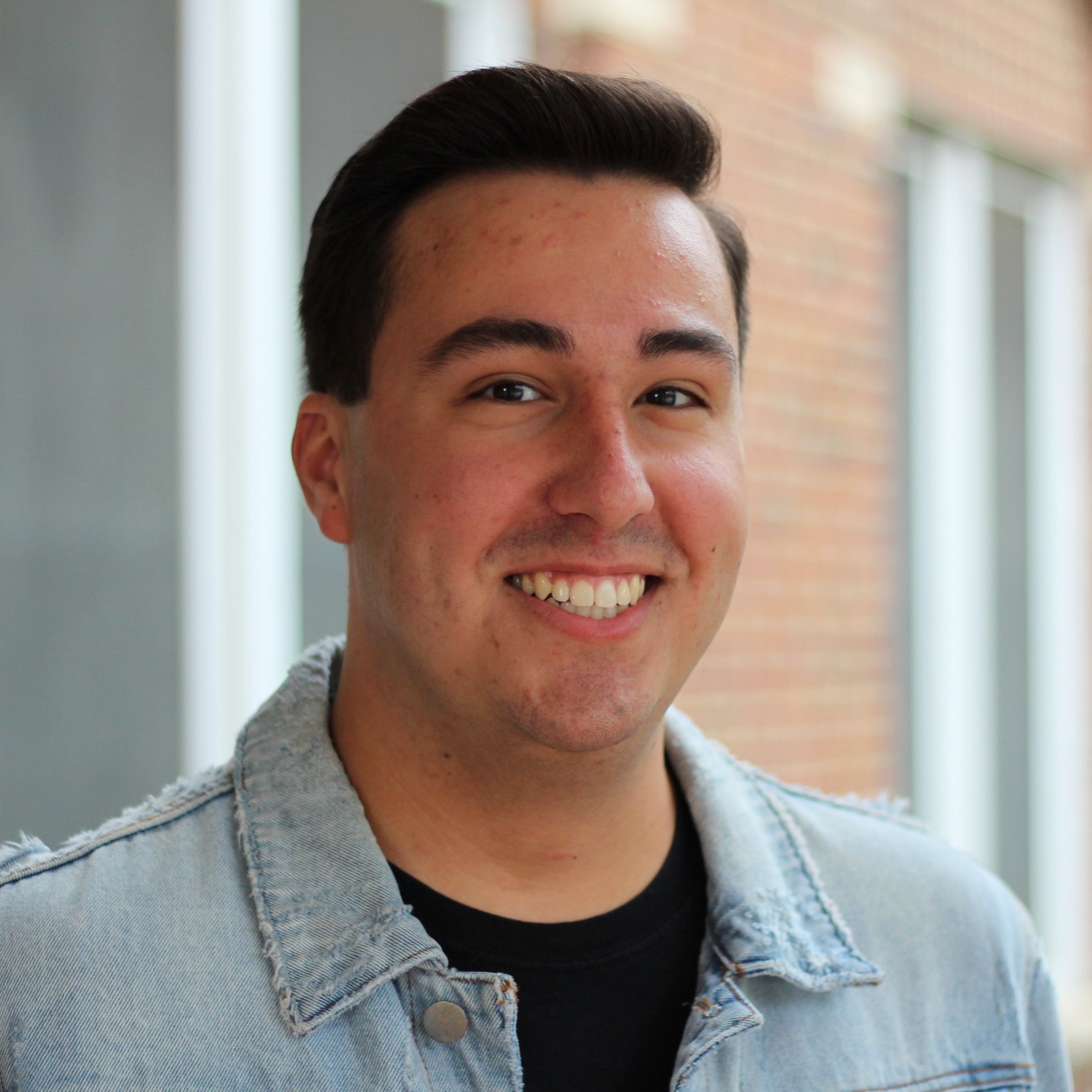Dylan Beams - 3rd Floor VirginiaDylan is a rising Senior from Frisco, Texas double majoring in Biology and Psychology with minors in Business Administration and Chemistry on the Pre-Health Track. Outside of being an RA in VS, he is also the Family Weekend Chair of Student Foundation, the Business Director of Southern Gentlemen A Cappella, the Membership Vice President and Public Relations Chair of Alpha Phi Omega Service Fraternity, and does research in a lab on campus. His favorite event is Sunday Night Snacks because of the great food and community that can be found there.