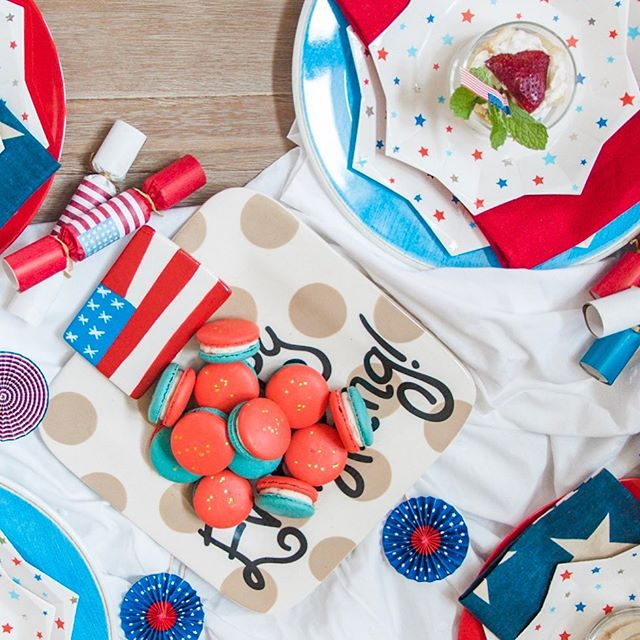 Pop the confetti! Any day is a great day to celebrate the #RedWhiteandBlue! Congratulations to the US Women's Soccer team on their back to back win today! #TheHelpfulHost #USA #WorldCup #MacaronbyPatisse #HappyEverything  #SharemyPB #THHcelebrates #livelifecolorfully #celebrateeverything #Event #HoustonEvents #thatsdarling #abmlifeissweet #ighouston #dscolor #thehappynow #baking #cooking #f52grams #foodie #foodstagram  #marthabakes #kingarthurflour #yahoofood #instafood #todayfood #huffposttaste #thekitchn #bhgfood