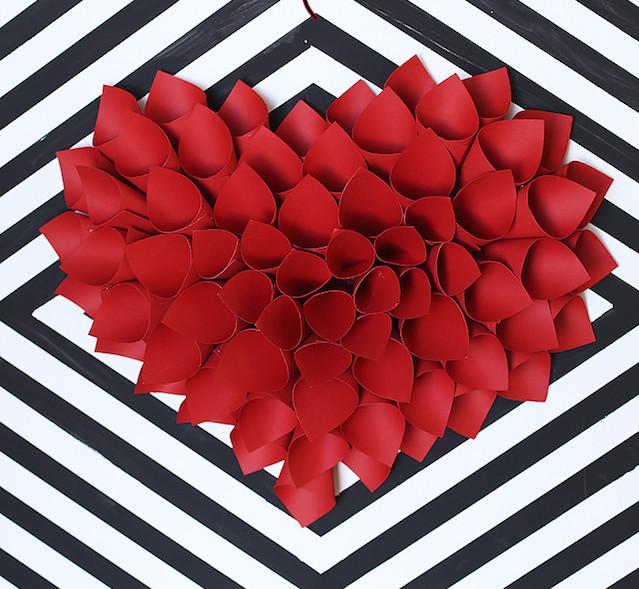 Heart-Wreath-by-Blooming-Homestead-e1422115851682.jpg