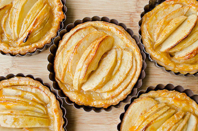 Easiest-Apple-Tart-Recipe-with-Step-by-Step-Instructions-1.jpg