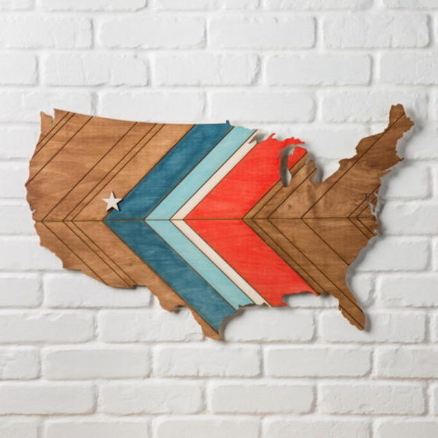 Map Decor from  The Crafty Blog Stalker