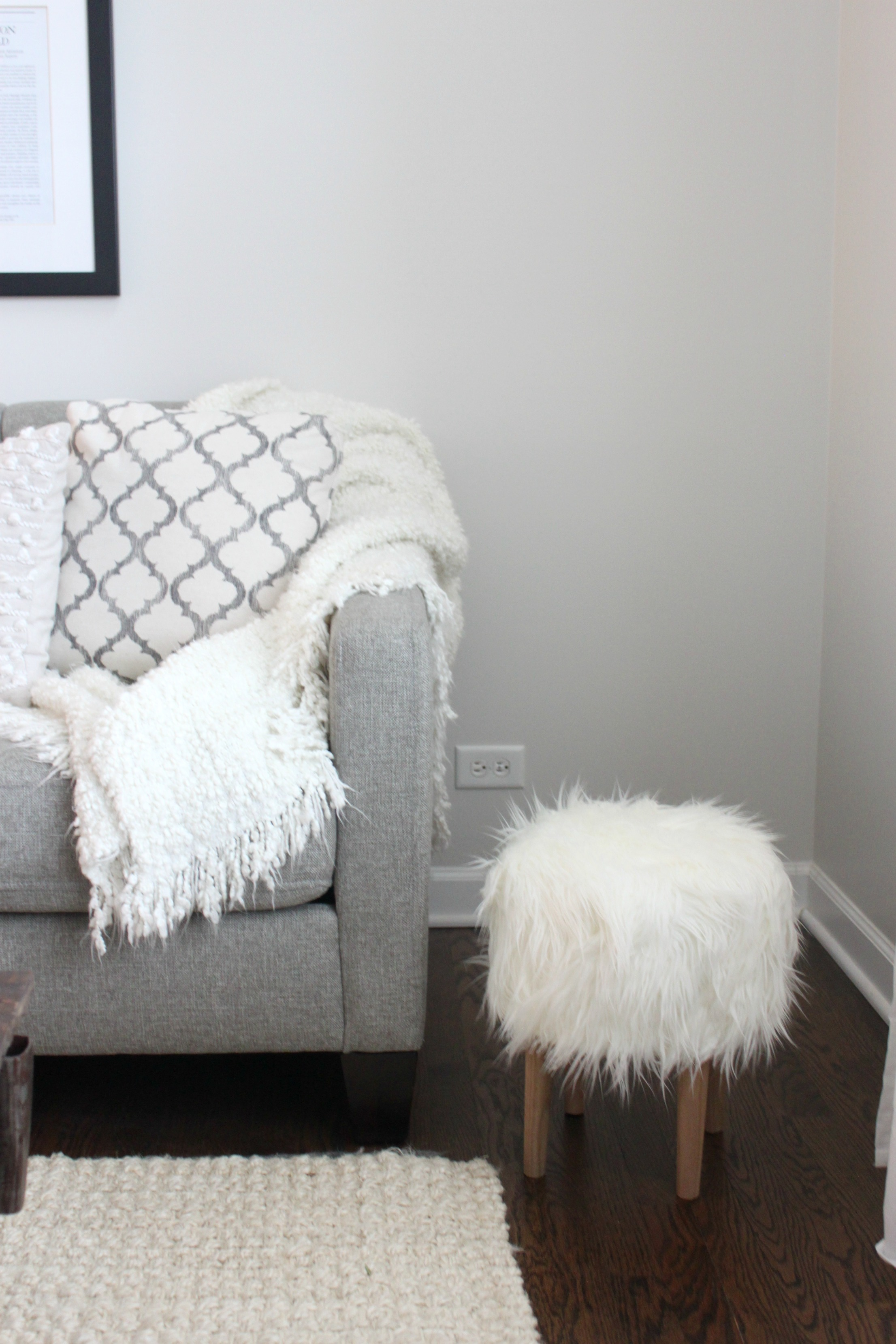 Diy Faux Fur Stool Colors And Craft
