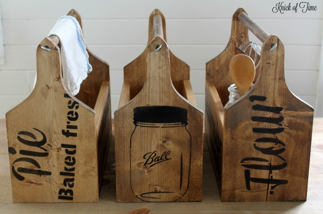 DIY Wooden Totes from  Knick of Time