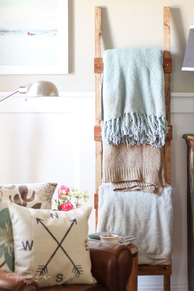 DIY Rustic Ladder from  The Turquoise Home