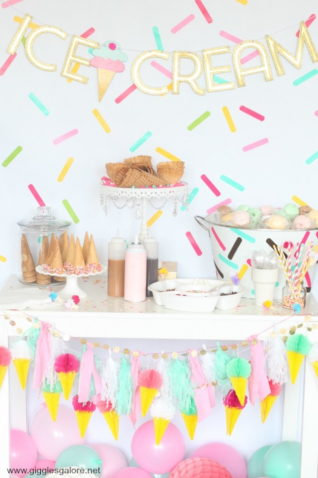 Simple Summer Ice Cream Social from  Giggles Galore