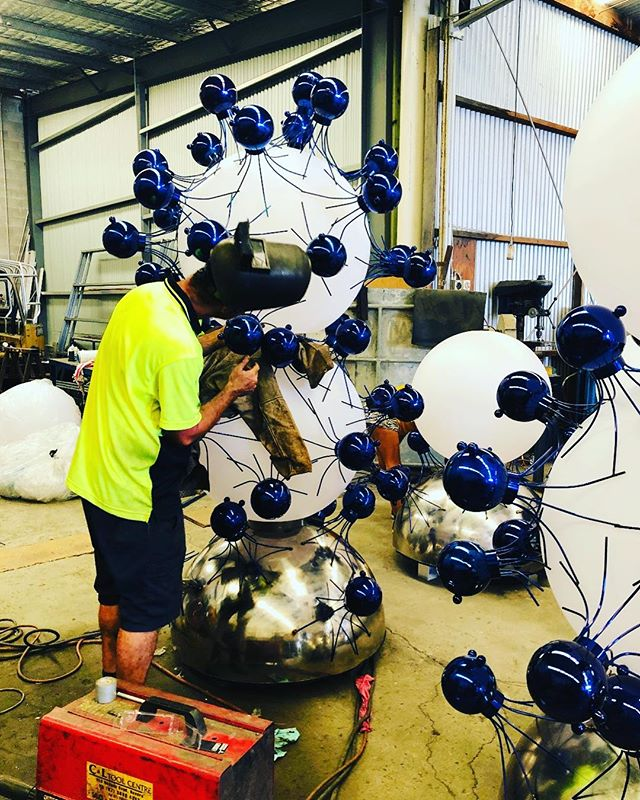 Working on the illuminated totems that will support our 525 Soldier Crabs. @claytonblake.art  #claytonblakeart #claytonblake