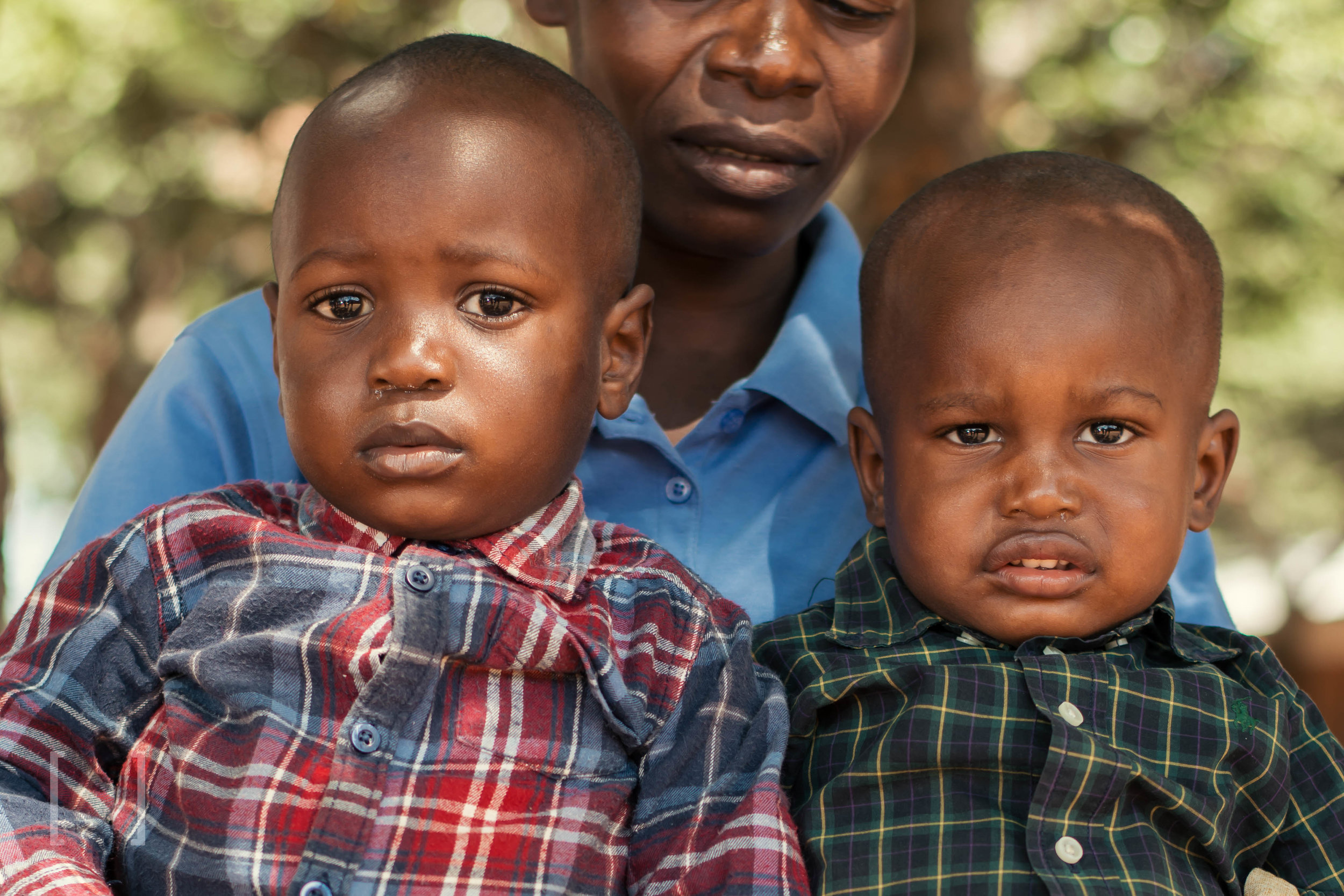 Tatenda and Tawanda - Tatenda and Tawanda are twins, born on March 18, 2016. They lost their mother when they were three weeks old. They are happy babies and are in very good health. Sponsor these brothers toda