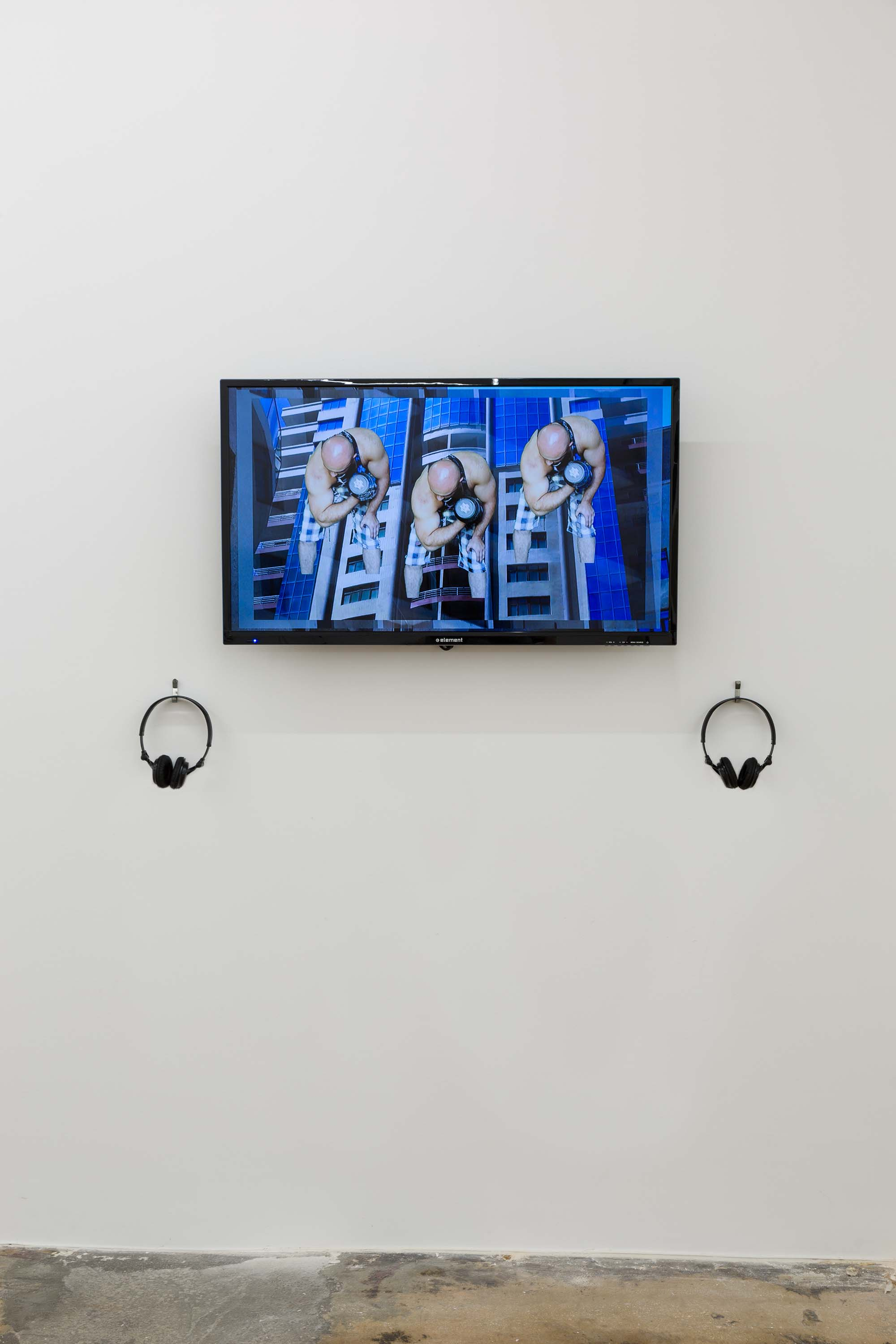Hannah Black,  Bodybuilding , 2015, installation view