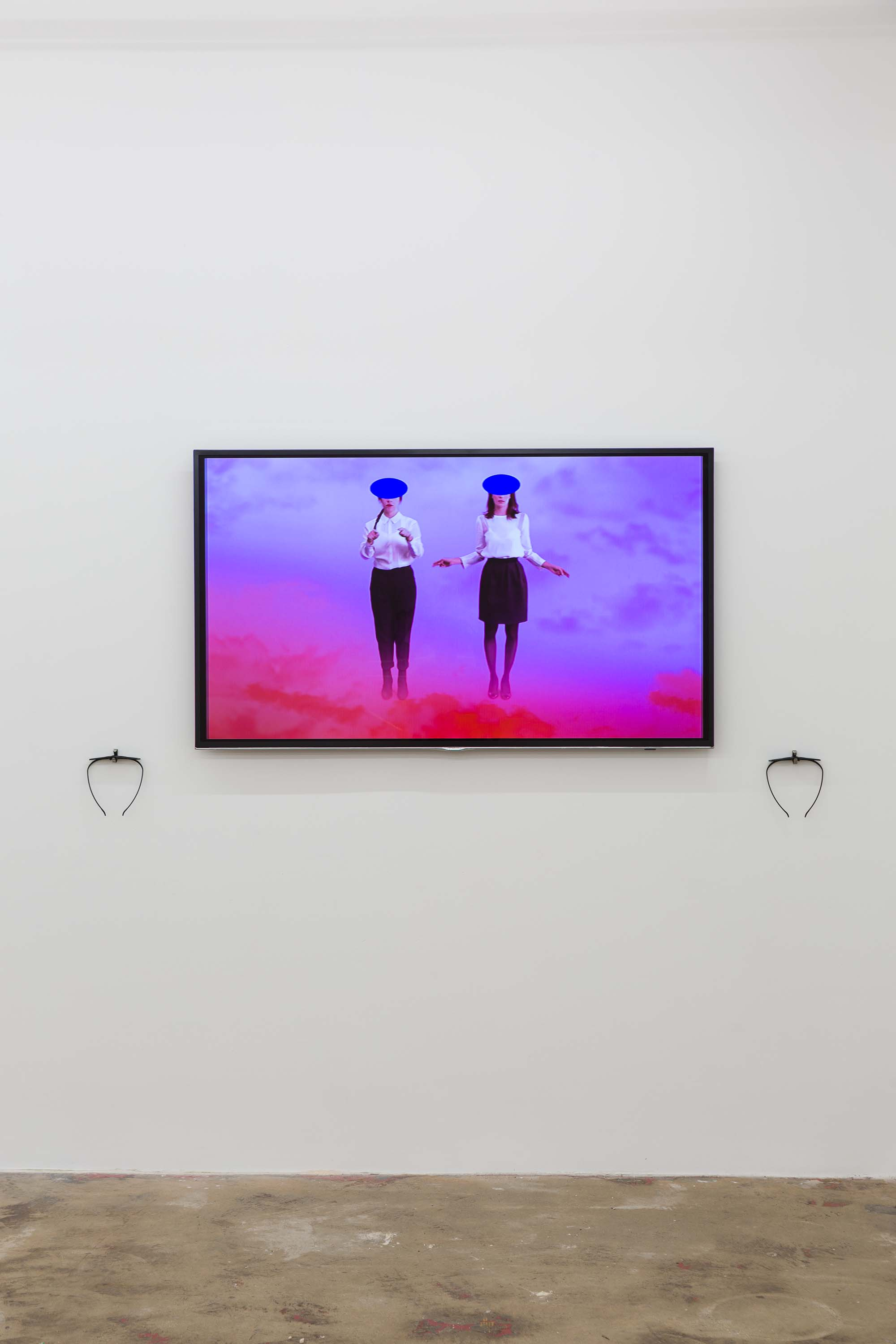 Cecile B. Evans,  The Brightness , 2013, installation view with 3D glasses