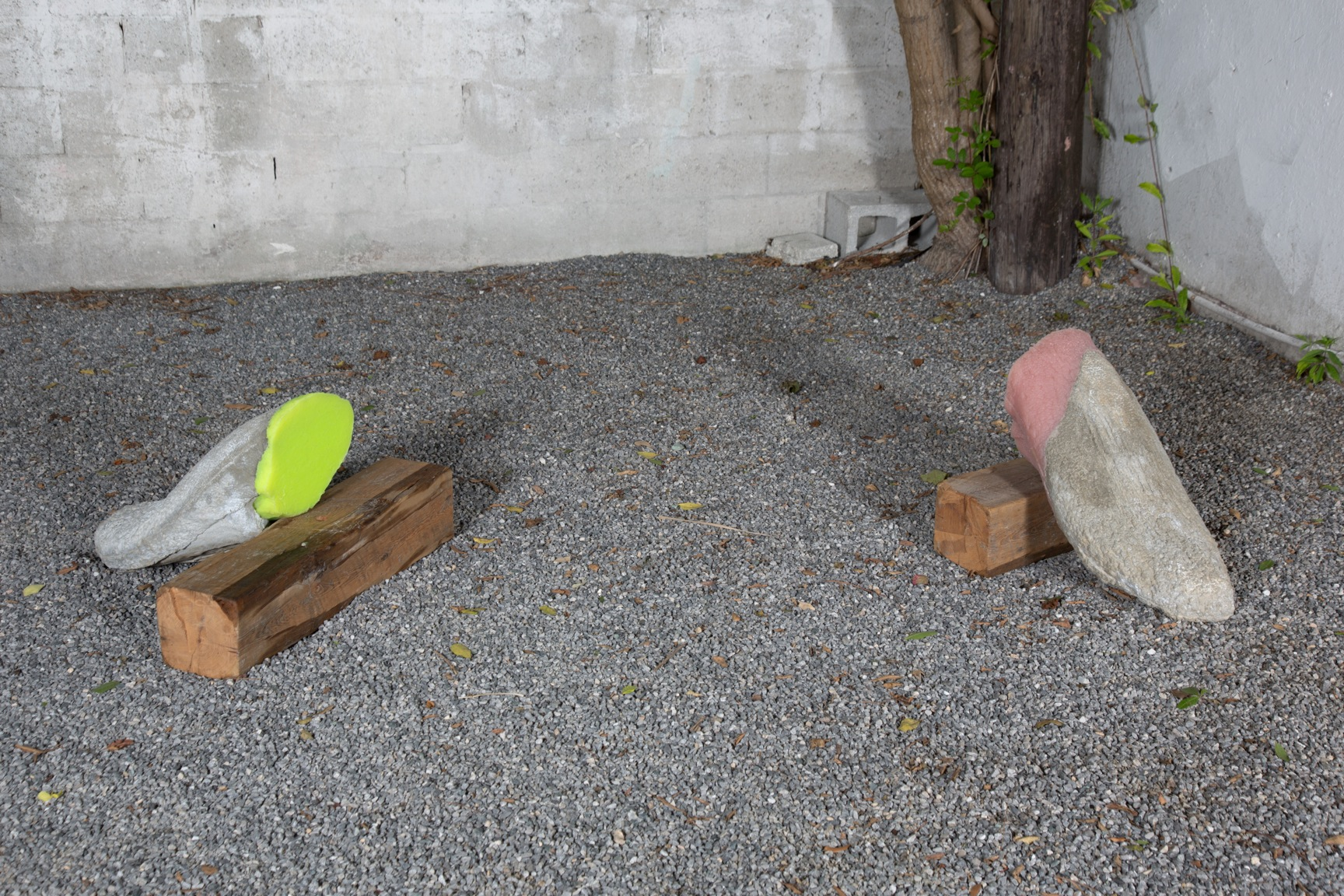 Martha Friedman,  Licked , 2012, courtyard installation
