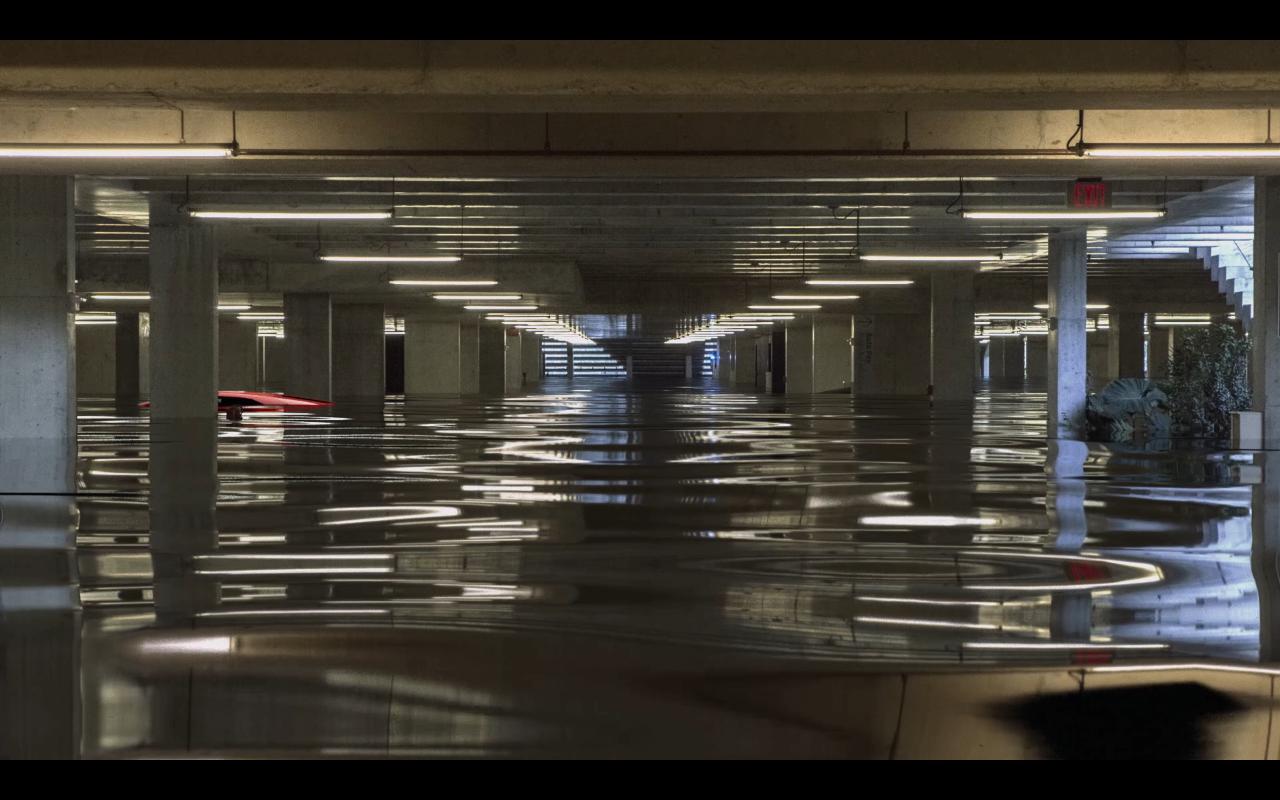 Yemenwed,  Garage , 2015 (video still)