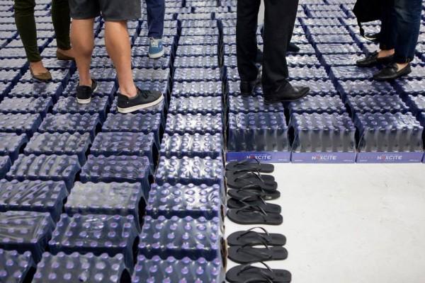 Nicolas Lobo,  Bad soda/soft drunk , 2014, installation view