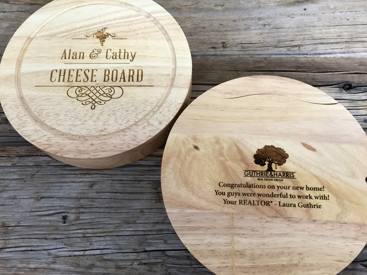 Cheese Set with Logo Engraving on the back