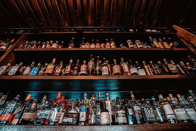 🥃🔥Going up on a Whisky Wednesday! Sip and enjoy half off over 300 whiskys at all Beer Baron locations every Wednesday. . . Good on over 300 whiskys priced $10 or less. . . #whisky #whiskyagogo #whiskyporn #whiskys #whiskylover #whiskytasting #whiskygram #whiskylicious #whiskey #whiskeywednesday #wednesday #drinks #bar #bars #pleasanton #oakland #livermore #santarosa #thirsty