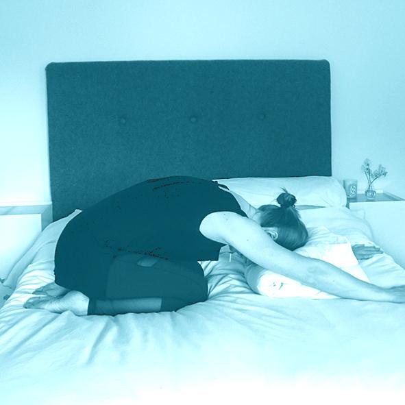 Bedtime_childsPose_sleep_yoge-york.png